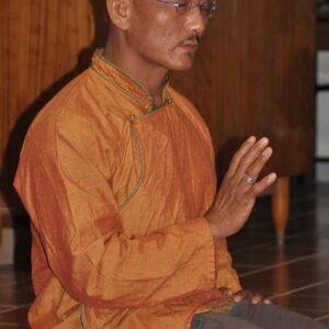 LAMA DHARGYA LOBSANG gran maestro de Tsa Lung y Sanador tradicional